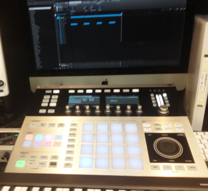 maschine-studio-at-ikebe-power-rec2
