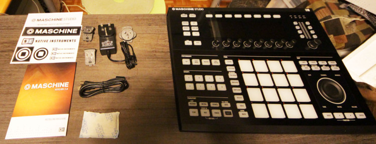MASCHINE-STUDIO-unboxing15