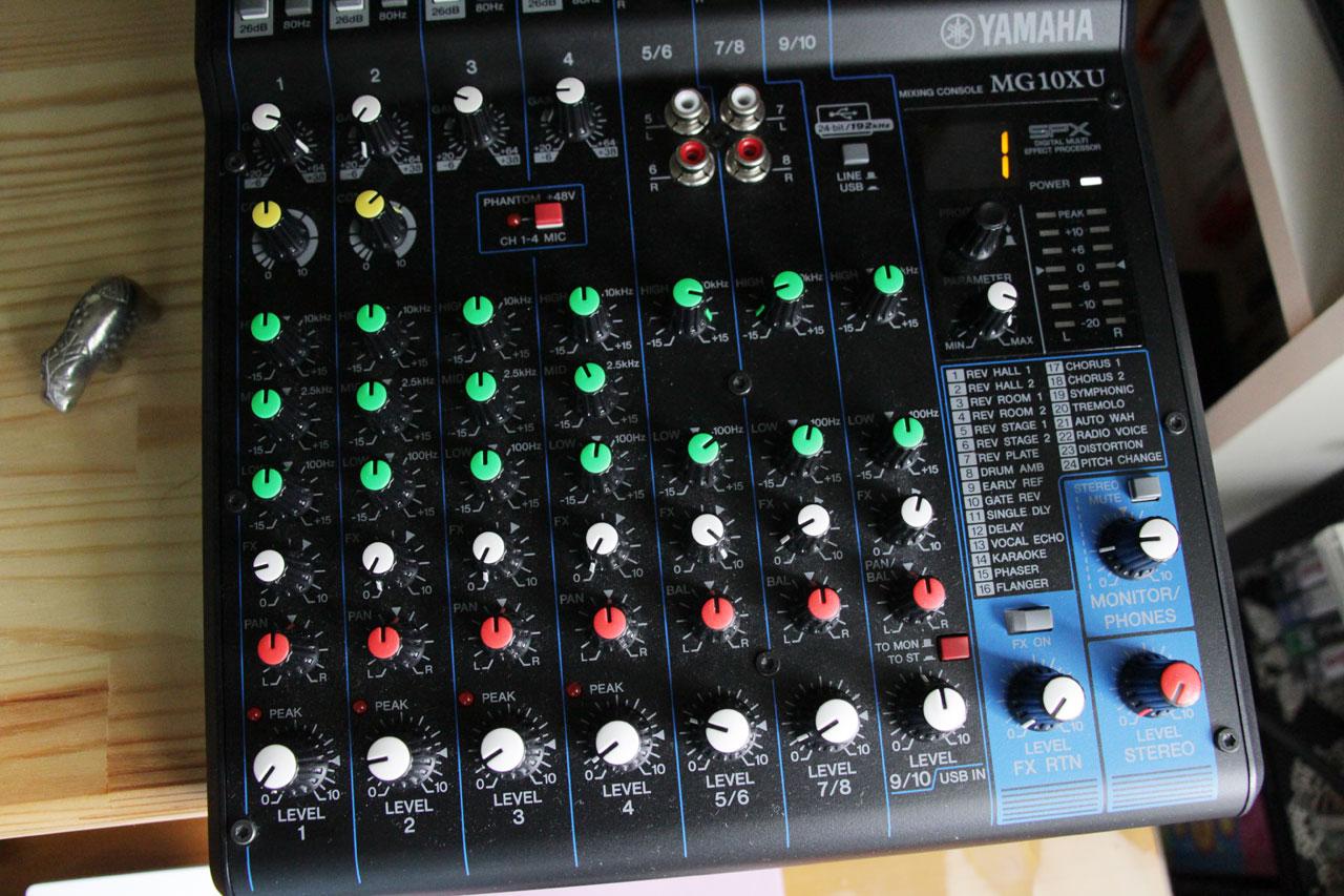 Pa Yamaha Mg10xu 2 Mixer Review 1